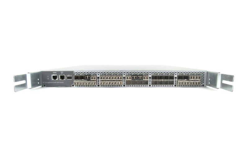 Cisco 492293-001N SPS-Switch SAN 8/40 24