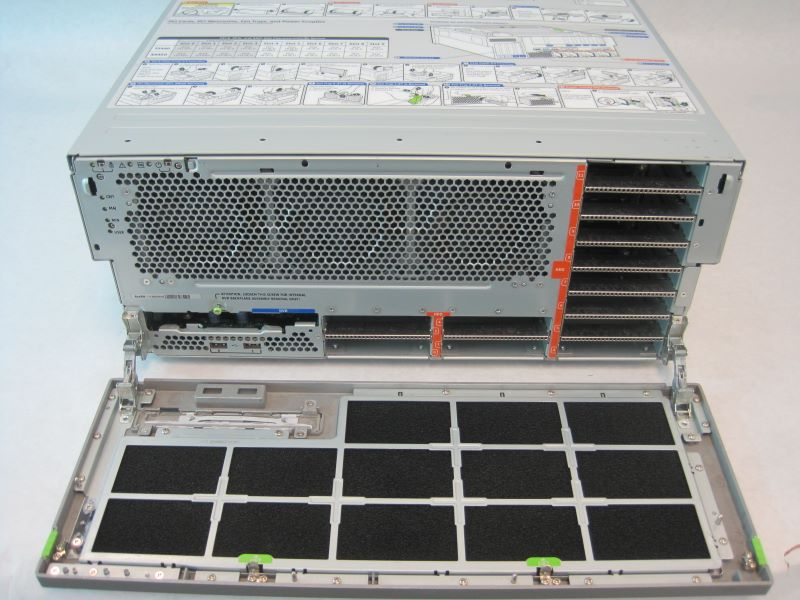 SUN Netra T5440 Server 6-Core Processors 1.2GHZ CPU, 32GB RAM, 2x300GB HDD