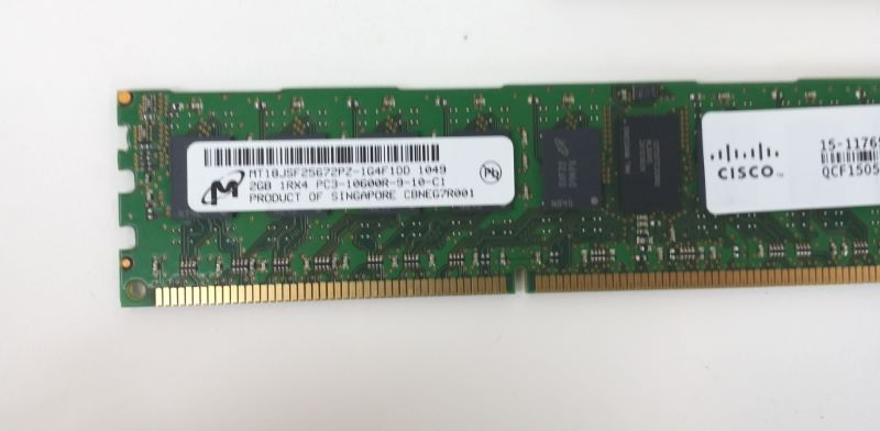 CISCO MT18JSF25672PZ-1G4F1DD